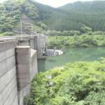 日南ダムのダム湖